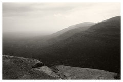 Rock Climbing Photo: Looking off the Catskill escarpment. Platte's clov...