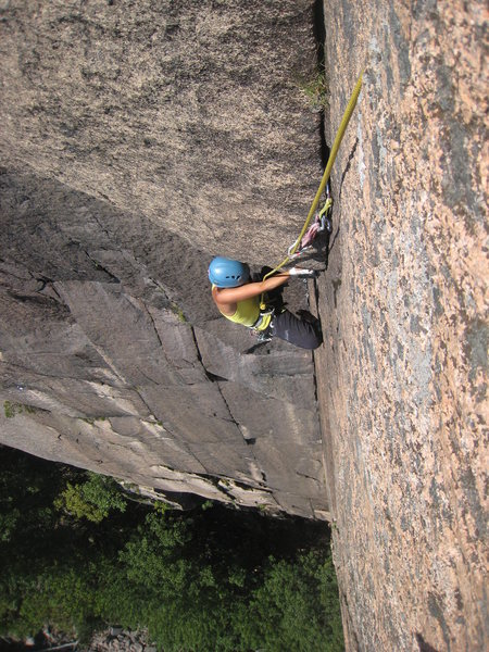Rock Climbing Photo: Pulling the second pitch roof.