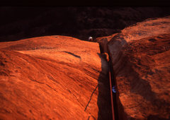 Rock Climbing Photo: Tomas nearing the summit on the wide crack that fi...