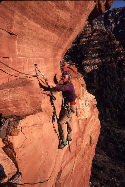 Rock Climbing Photo: Larry Coats leading the short but very exposed las...