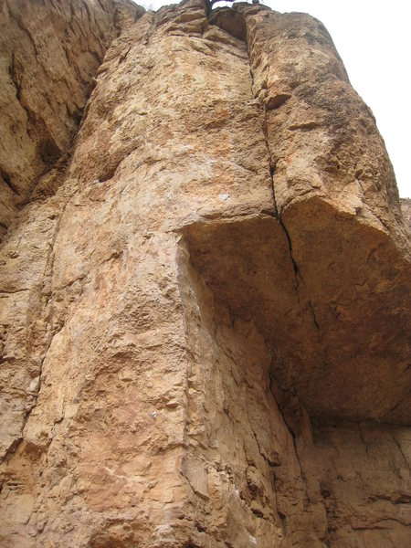 Rock Climbing Photo: Blast from the past climbs right of the corner to ...