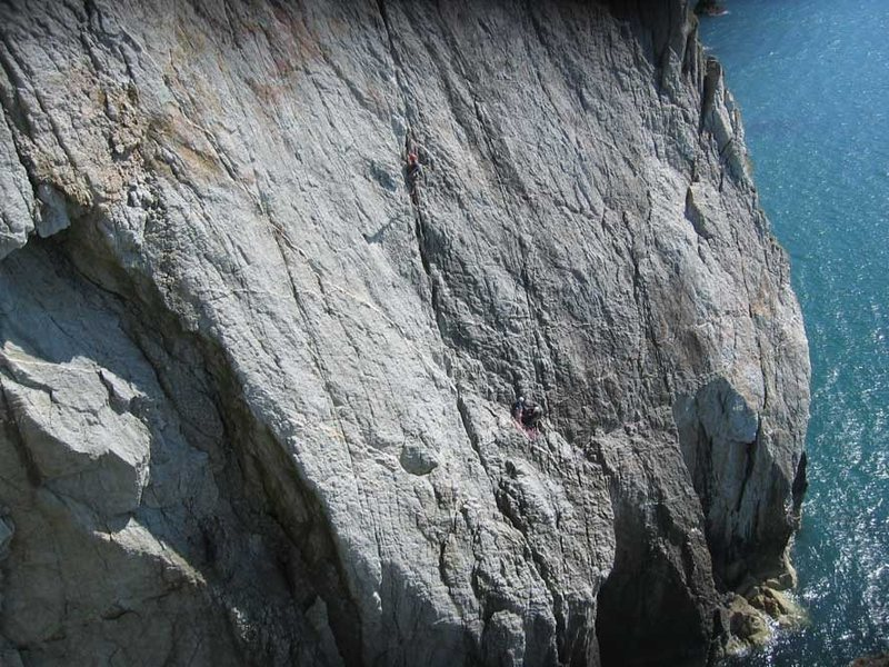 Rock Climbing Photo: Looking across to Wen Slab from the finish of the ...