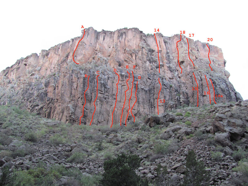 Rock Climbing Photo: The Runway (lettered routes in the middle of the w...