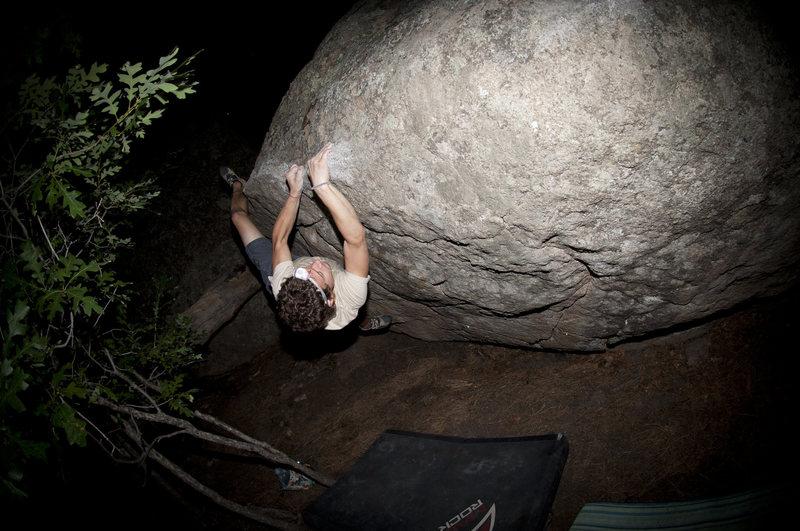 Rock Climbing Photo: Traverse Problem - V4