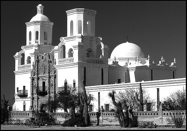 San Xavier Mission, Tucson.<br> Photo by Blitzo.