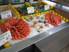 Rock Climbing Photo: Seafood market in Cassis.