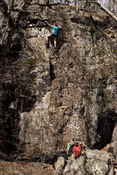 Rock Climbing Photo: Short easy top rope route in the dirty part of the...