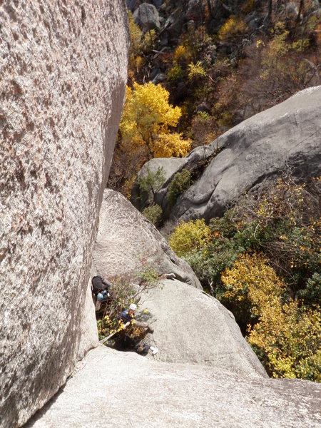 Rock Climbing Photo: Looking down the choice dihedral at the belay ledg...