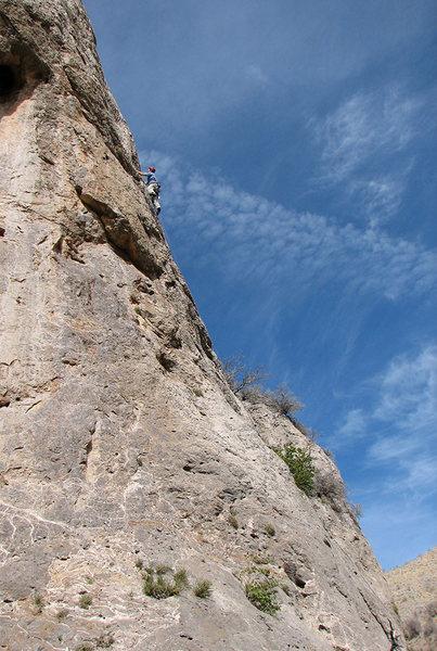 Perin starting up <em>Red Cloud</em>.<br> <br> Photo by Zane.