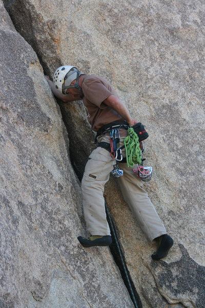 Rock Climbing Photo: Nathan Fitzhugh chalking up off of a nice fist jam...