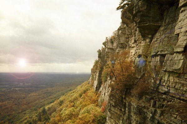 Rock Climbing Photo: Heaven.   Looking down the Trapps from the High-E ...