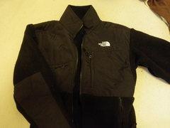 Rock Climbing Photo: Like New Size Medium North Face Denali Jacket. Onl...