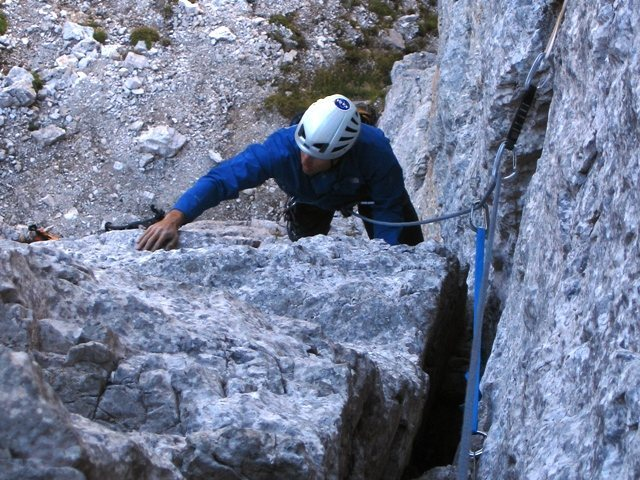 First pitch of the NW Corner of Torre Barancio.