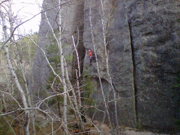 Rock Climbing Photo: Tater tot on the first ascent of Piranha Roof, jus...