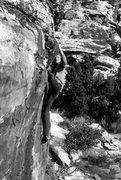 Rock Climbing Photo: Charleen on the traverse around the Brown Round Bo...