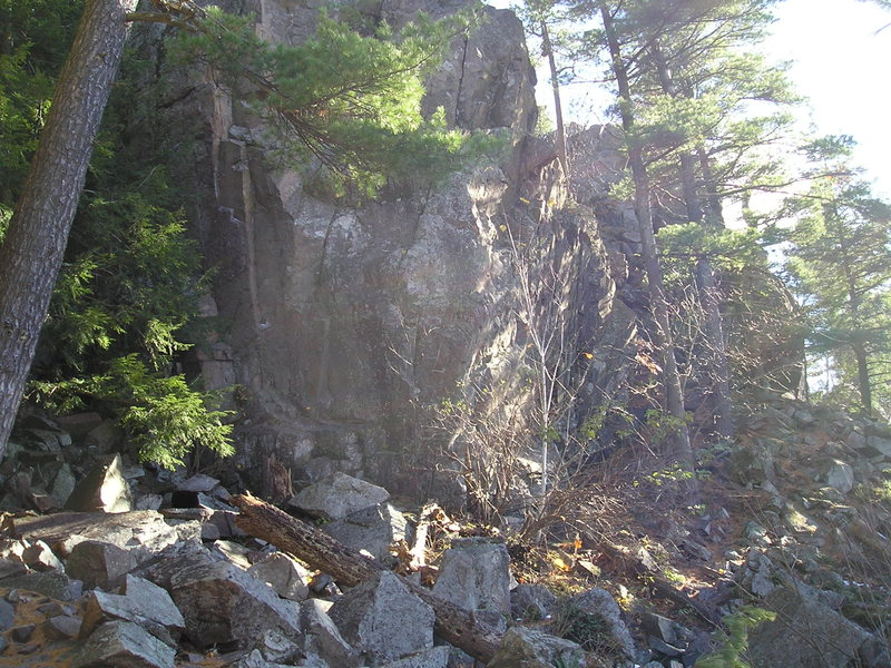 Rock Climbing Photo: From gully looking up cliff face, climbs are just ...