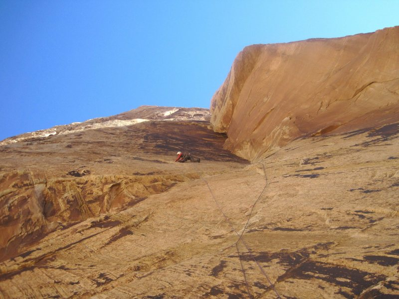 Rock Climbing Photo: The traverse out to the hanging belay.