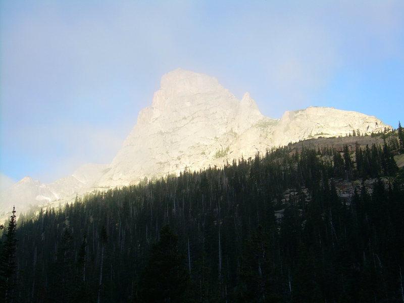Rock Climbing Photo: Morning mist.