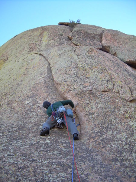 Rock Climbing Photo: Sizing up the 4th pitch