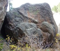 Rock Climbing Photo: Before this boulder is Hillbilly, Ridge 1, and Rid...