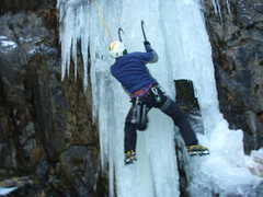 Rock Climbing Photo: Hidden Lake in thin conditions, good ice though!!