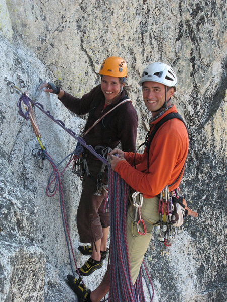 A couple from Grenoble at the bolts atop P2, who were climbing behind us.