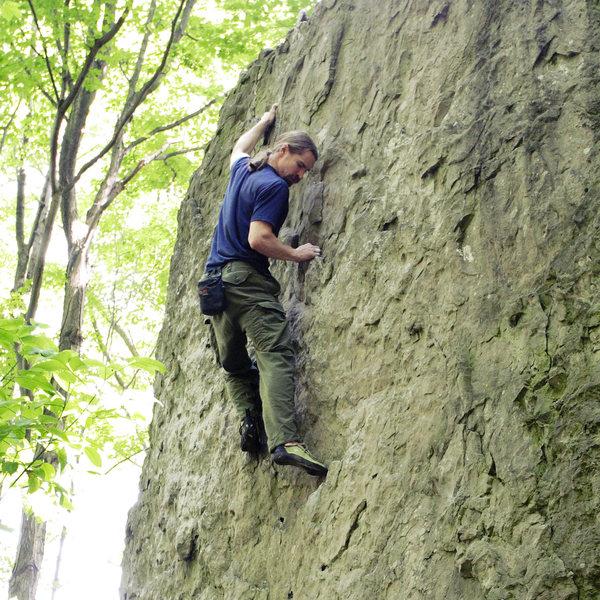 Bouldering at Niagara Glen