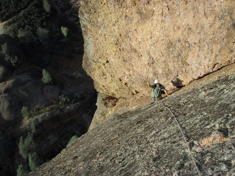Rock Climbing Photo: Coming up the HUGE corner on Pitch 6.