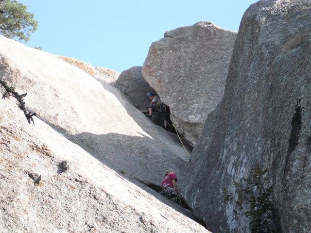 Doing Smorgasbord as a 2 pitch, skipping the undercling flake and running it out straight for the anchors.