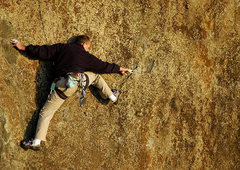 Rock Climbing Photo: Making the very difficult traverse move to the rig...