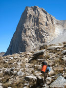 Rock Climbing Photo: Porter approaching La Esfinge, Paron Valley, Peru