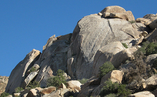 Rock Climbing Photo: Rattlesnake Buttress on the left, Dune on the righ...