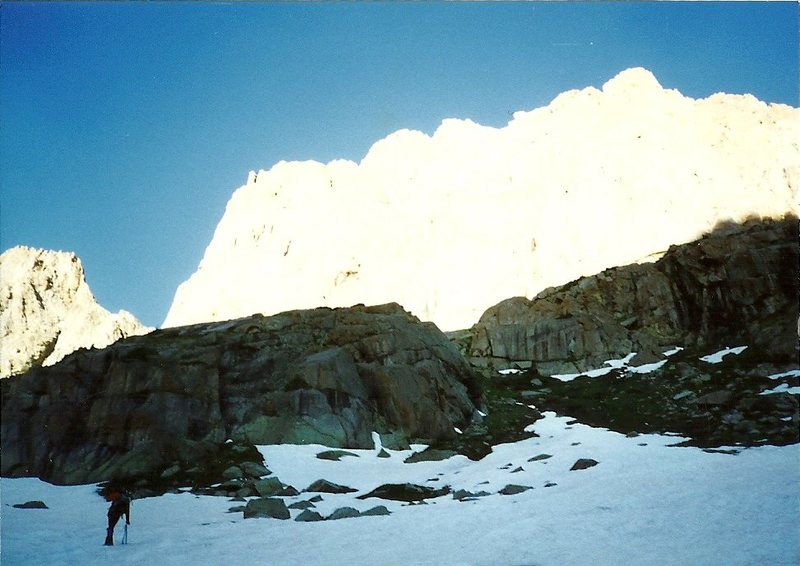 Rock Climbing Photo: Heading to the pass from Upper Noname to Upper Chi...