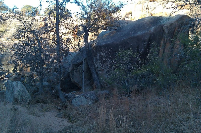 Rock Climbing Photo: BURB's II boulders from the approach trail.
