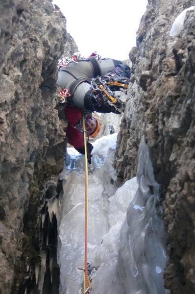 Rock Climbing Photo: BBB, Carl Pluim on the 5th pitch ice.