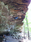 Rock Climbing Photo: an overhung 5.11 in Steele, AL