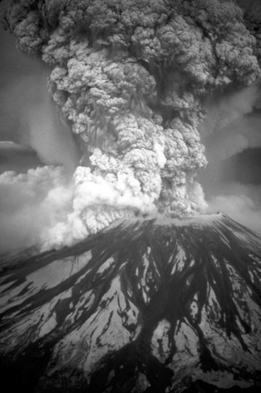 May 19, 1980 eruption of Mount St. Helens. <br> Wikipedia photo.