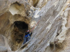 Rock Climbing Photo: Agina leading The Eye on Cyclops.