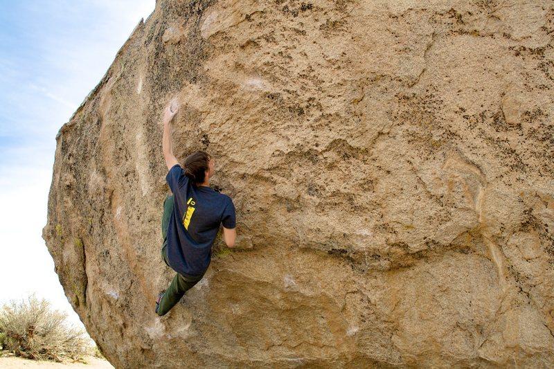 Rock Climbing Photo: Jordan drifting through the crux.