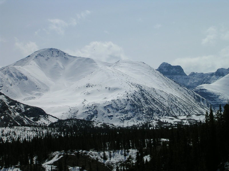 Rock Climbing Photo: Looking South, across Summit Lake and the AlCan, i...