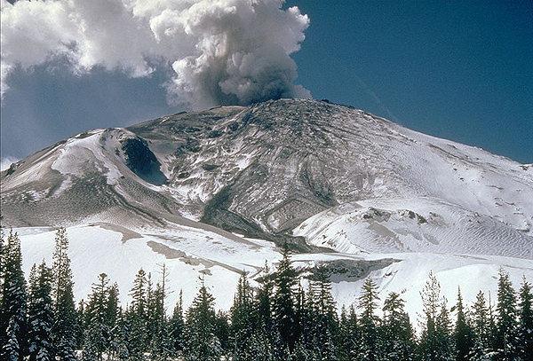 Rock Climbing Photo: April 10, 1980 eruption. Wikipedia photo.