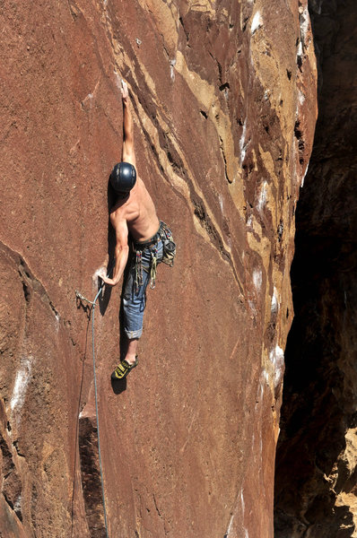 Eldorado Canyon<br> Adam Brink on Fire and Ice. Reach?? He's 6ft tall with a positive index.