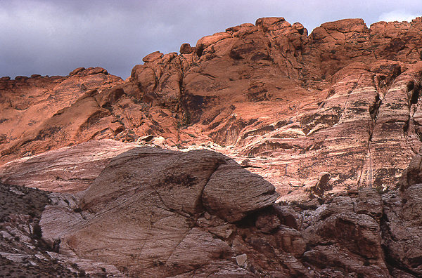 Calico Hills.<br> Photo by Blitzo.