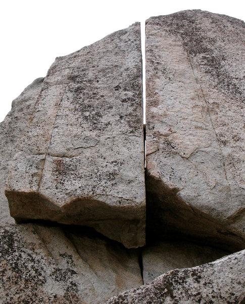 Lark boulder right crack