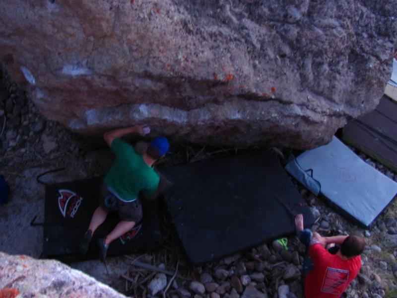Rock Climbing Photo: A train of pads under the lip traverse