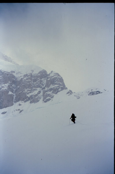 Approaching the Japanese Couloir, descent from the West RIb; in 2000