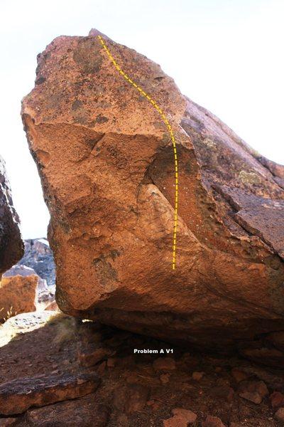 Rock Climbing Photo: California Rim Boulder East Topo