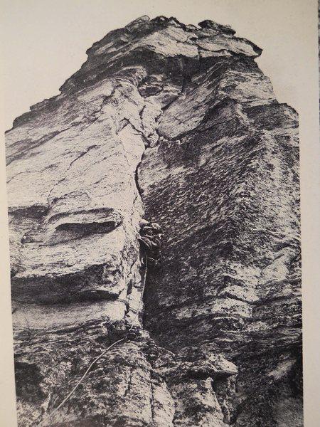 Rock Climbing Photo: South Ridge, First Pitch Photo by Peter Rowat Fami...