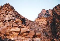 Rock Climbing Photo: Third-class scrambling to reach the Big Step.