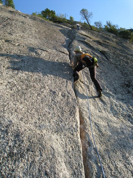 pitch 3, a 5.9 or 10a crack
